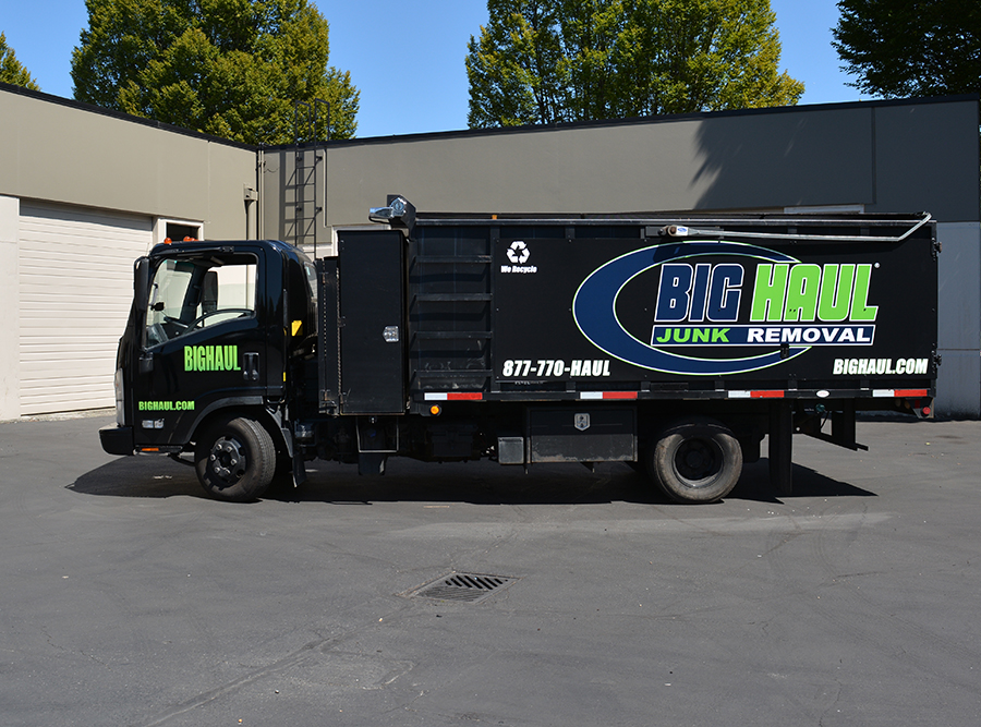 Bellevue, WA – Mobile Branding w/ Vehicle Graphics for Big Haul Junk ...